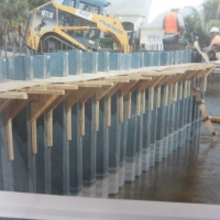 panel-seawall-under-construction